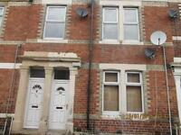 Bensham, Excellent Condition, 3 bedroom upper flat, DSS welcome!!