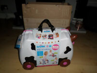 TRUNKI FRIEDA THE COW RIDE ON SUITCASE BNIB