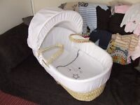**BRAND NEW** WHITE MOSES BASKET FROM ASDA KINDER VALLEY COST £27 SUIT BOY OR GIRL