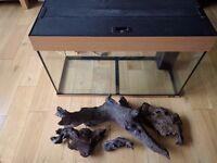 Jewel Rio 125L Aquarium with BogWood FishMate AquaMinder and Accessories | M21