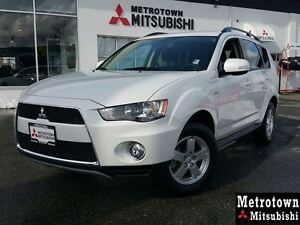 2013 Mitsubishi Outlander LS; LOW KM, Local, No claims!