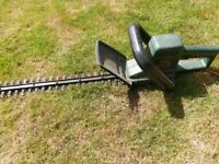 Black and Decker GT230 Electric Hedgetrimmer