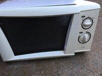 Free Cookworks table top microwave