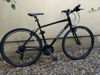 Giant Escape on road Sport for sale, unused, as new