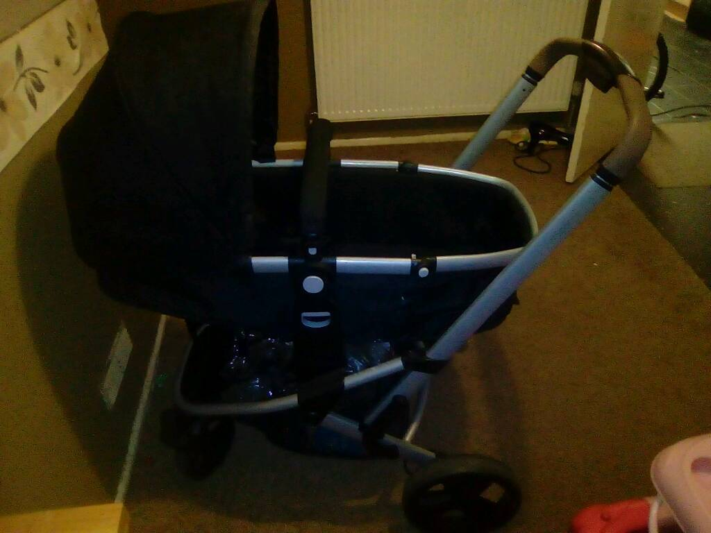 Pram/stroller and baby clothes 0-3 and 3-6