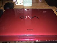 Sony Vaio core 2 duo 4gb ram nvidia GeForce GT 230M (Red)