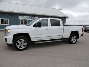 2015 GMC SIERRA 2500HD Denali,DIESEL,4X4,NAVI,SUNROOF,LOADED!!