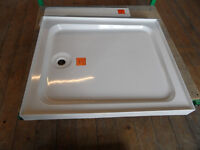 900mm x 760mm shower base new
