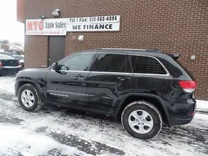 2014 Jeep Grand Cherokee Laredo, 4x4, SUNROOF