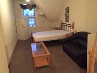 Nice double room to rent...