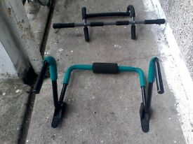 Sit Up Ab Trainer Roller Bar/ Crunch Core Trainer