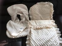 Pram cover and car seat cosy toes