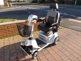 QUINGP PLUS 5 WHEEL MOBILITY SCOOTER 8.M.P.H. FULLY ROADWORTHY