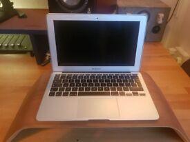 """MacBook Air 11"""" 2.9GHz TurboBoost i7, 4GB RAM, HD3000 Graphics, 250GB SSD"""