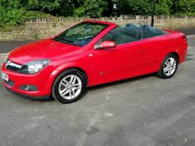 Low mileage Vauxhall Astra Twin Top Sport Convertible