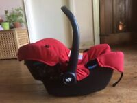 JOIE Gemm Group 0+ (from birth) Infant Baby Car Seat (RED) (CAN POST OR DELIVER)