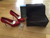 100% AUTHENTIC GUCCI VERNICE CRYSTAL PUMPS HEELS- £60