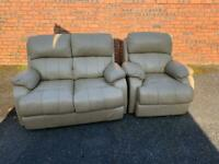 Leather suite, two seater sofa, couch, settee,chair (free delivery 🚚🚚🚚)