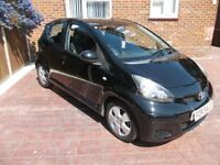 2 lady owner 2009/09 Toyota Aygo BLACK VVT-I-S-Auto Multimode 998cc 5 door LOW miles £20 ROAD TAX