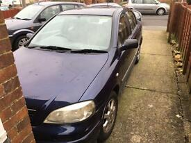 1.6l vauxhall Astra Breaking