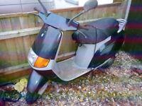 1994 Piaggio Sfera 50 Scooter