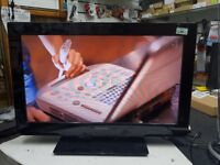 PANASONIC 24' TV (TX-L24C3B) REMOTE AND AERIAL USED BUT IN EXCELLENT WORKING CONDITION