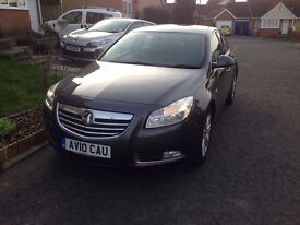 Vauxhall Insigna Exclusive 160CDTI excellent condition inside and out 54270 miles