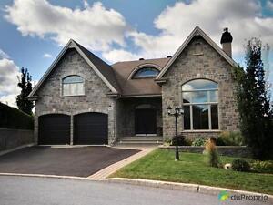 589 000$ - Maison 2 étages à vendre à Mont-St-Hilaire
