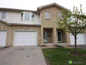 $488,000 - Townhouse for sale in Hamilton
