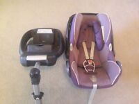 Maxi-cosi car seat and isofix base in excellent condition
