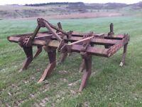Massey Ferguson chisel plough (grubber)