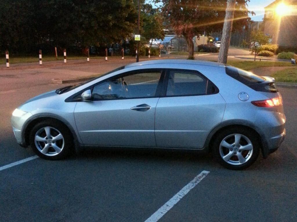 Honda civic 2008 08 2 2 cdti diesel 5dr hatch fsh 1 owner for 08 honda civic 2 door