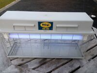 INSECT KILLER MO-EL CriCri 308A for commercial range to 320 m²