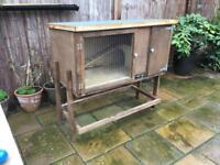 Rabbit / Guinea pig Hutch with detachable stand