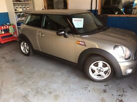 WELL KEPT MINI ONE NO DENTS OR SCRATCHESNEW TIMING CHAIN,LANDA SENSOR AND CAT
