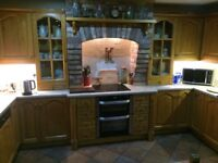 Large kitchen worktop with tap & bowl & 1/2 sink, suit kitchen or utility room excellent quality