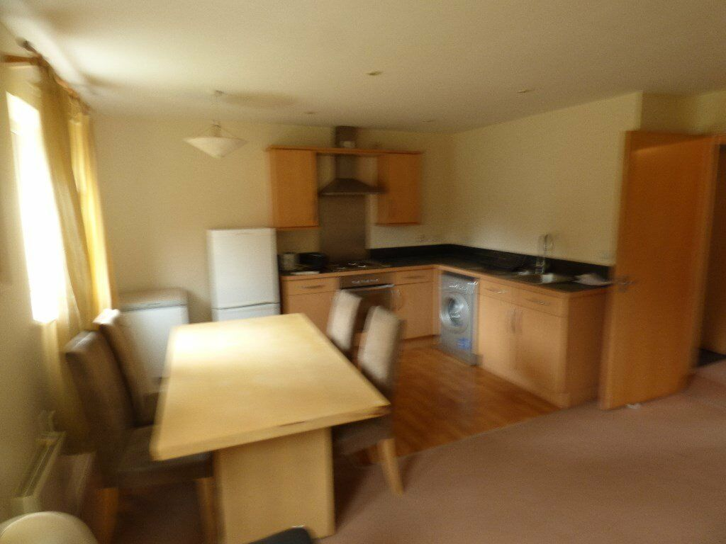 Well presented two double bedroom furnished apartment at Hendon ...