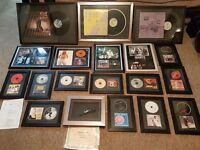 18 Signed and Framed Vinyl's/CD's, various artists, Signed Snoop Dogg Microphone, Music Memorabilia