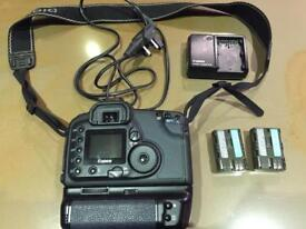 Canon EOS 10D Camera complete with battery grip and charger and battery