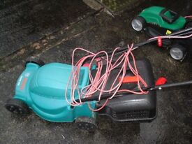 Bosch Electric Rotary Lawnmower Rotak 320. Viewing welcome.
