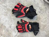 13 x pairs of water sports gloves