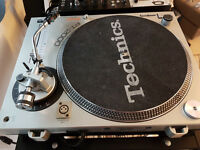 Gemini PT2100 and Gemini PT2000 Direct Drive Turntables - Includes 2 x Shure M44G Headshells/Carts