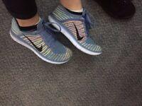 Nike Women's Size 6 trainers
