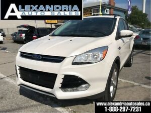 2013 Ford Escape SEL/navi/leather/sunroof/4x4/safety included