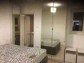 Large 4 Dbl Bedroom 3 bathroom 2 ensuites full furnished House 3 mins walk to Hounslow West station