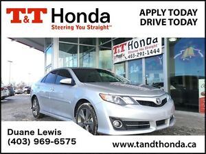 2014 Toyota Camry SE *Local Car, No Accidents, Navi*
