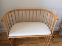 Babybay bedside cot with mattress, sheet and bumper