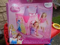 Pop up princess castle + pop up house