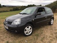 RENAULT CLIO 1.2 60,800 FULL SERVICE HISTORY DRIVES PERFECT !!