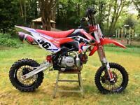 Cw bikes pitbike/minibike/mx bike/motocross/stomp/kxf/yzr/crf/rmz/Welsh pitbike